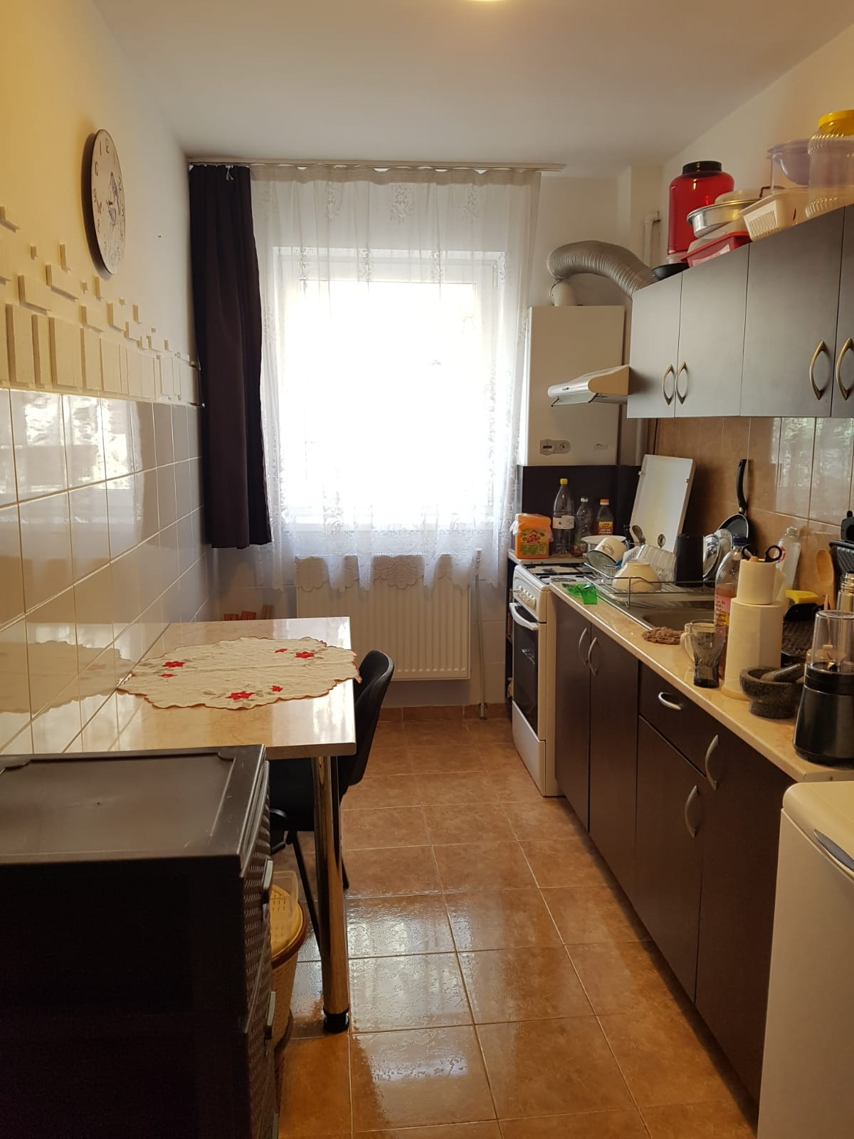 180493-Apartament de vanzare, 3 camere, Floresti