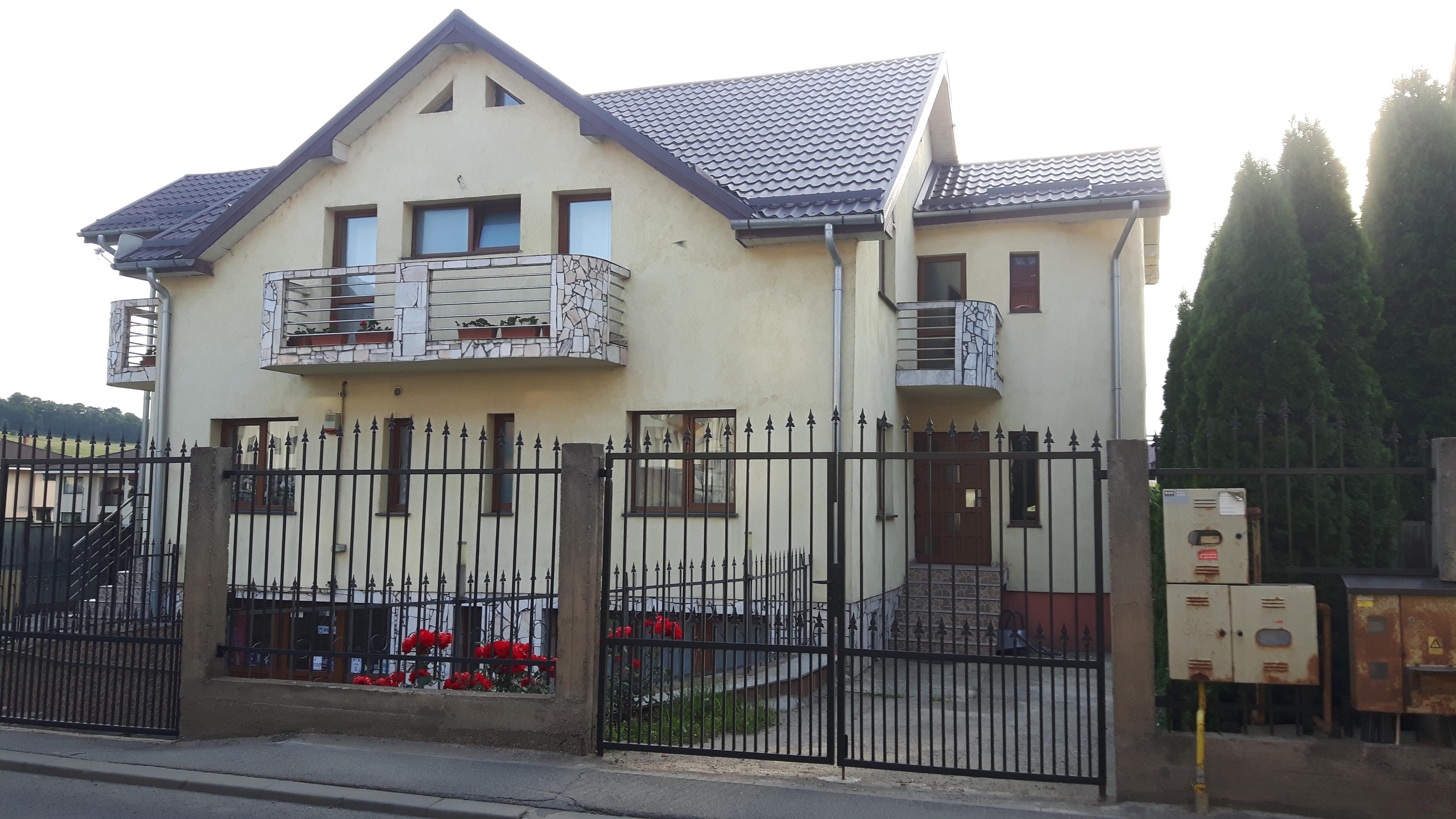 181566-Casa de vanzare, Floresti, Cluj